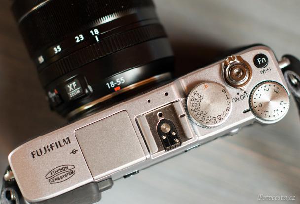 Bezzrcadlovka Fujifilm.