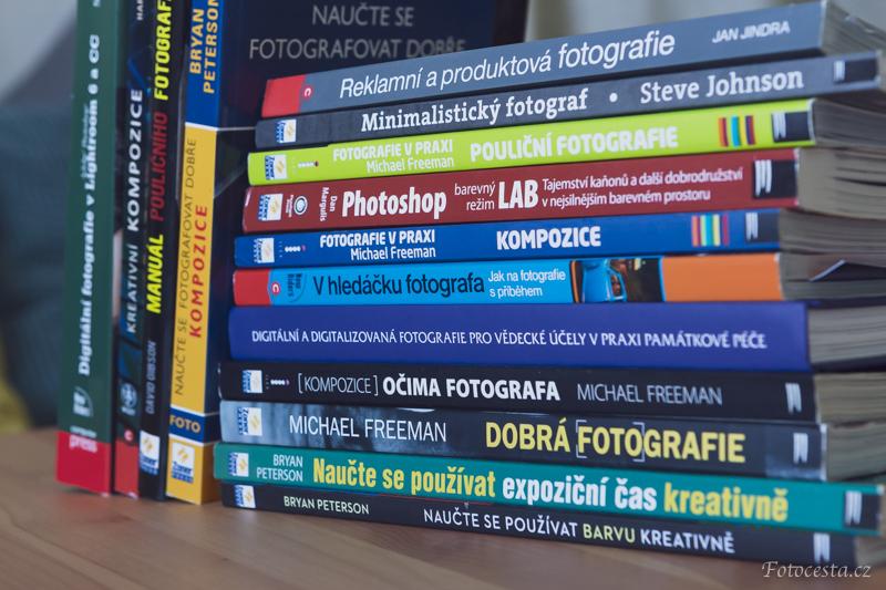 Knihy o fotografování.