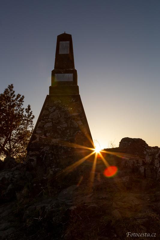 Západ slunce na vrcholu Mužský.