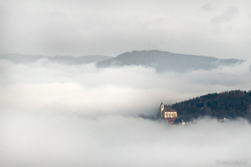 Mlha nad Všení.