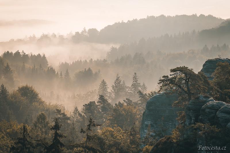 Mlha na Hruboskalsku.