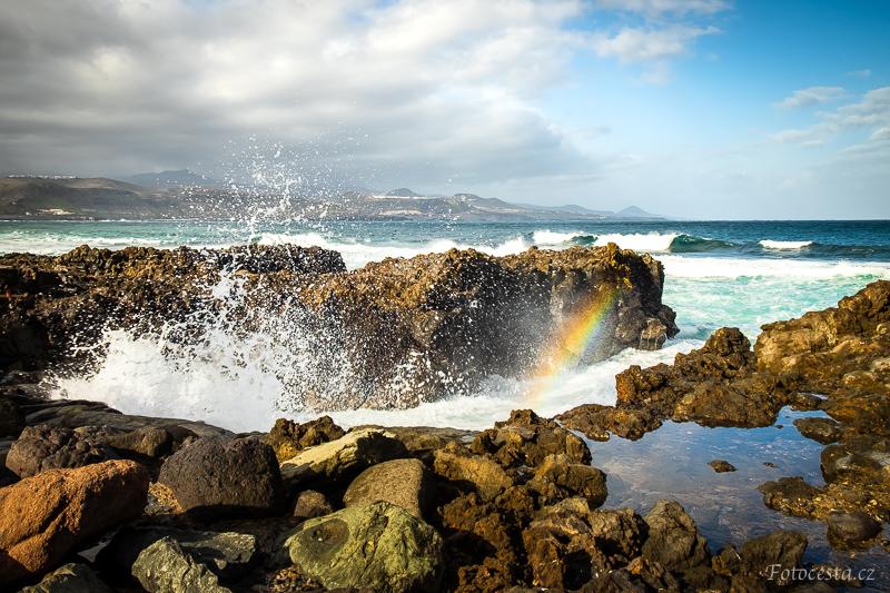 Rozbouřené vlny v Las Palmas.