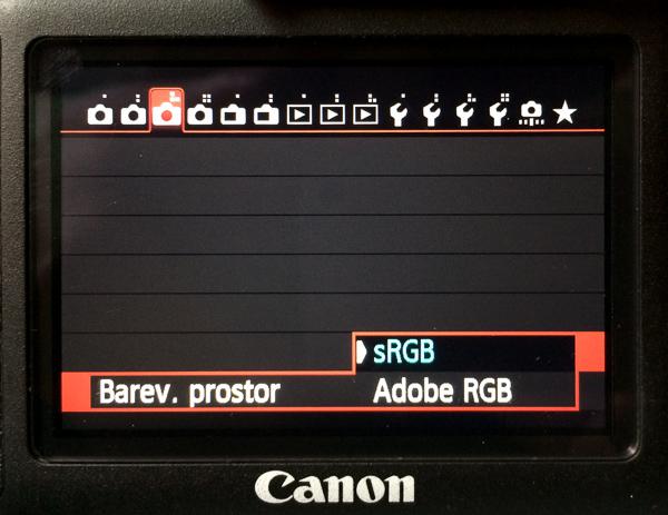 Volba barevného prostoru u fotoaparátu Canon 6D.