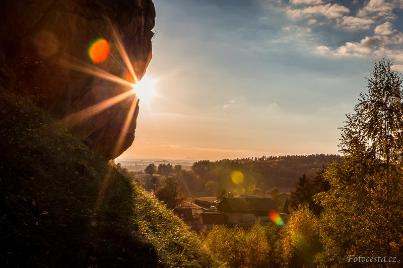 Slunce pod Frýdštejnem.