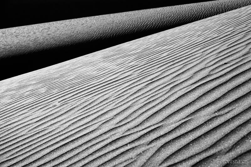 Linie písečných dun na Kanárských ostrovech.