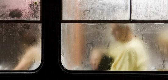 Okna tramvaje – autor Marián Kábele.