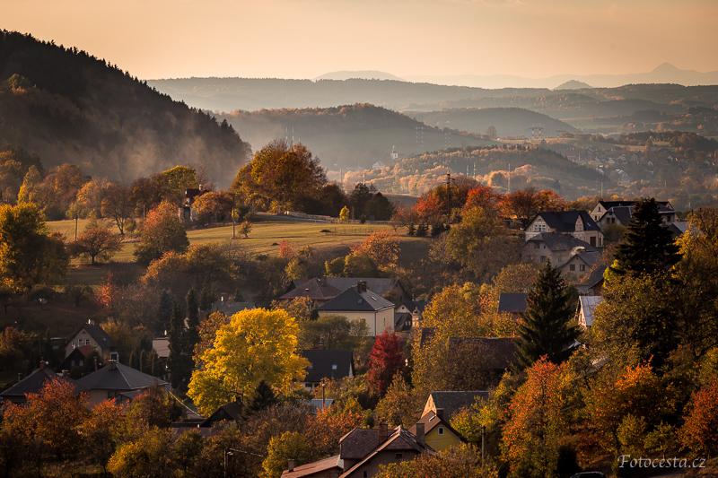Podzim na Frýdštejně.